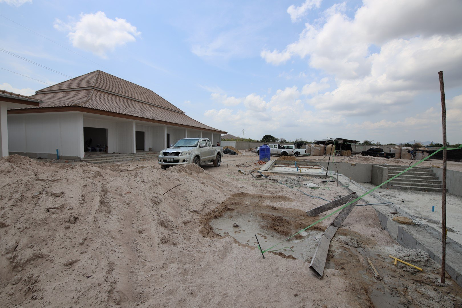 Communal Park & Apartments   April 2020   Orchid Palm Homes